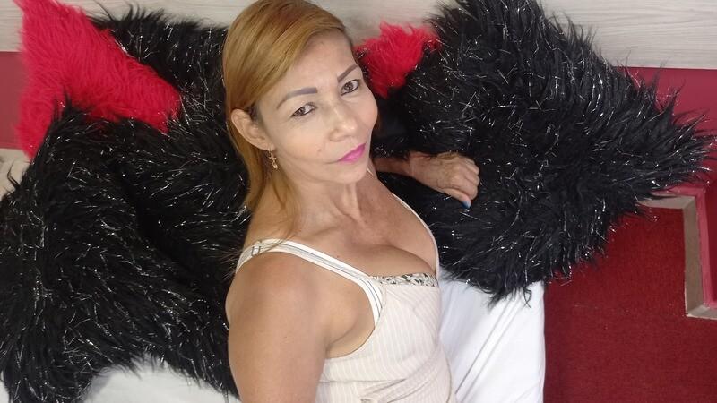 Renata_Salinas - Free Webcam Photo 6