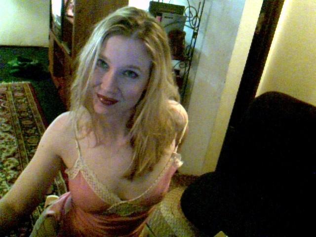 AnnaXXX - Free Webcam Photo 1