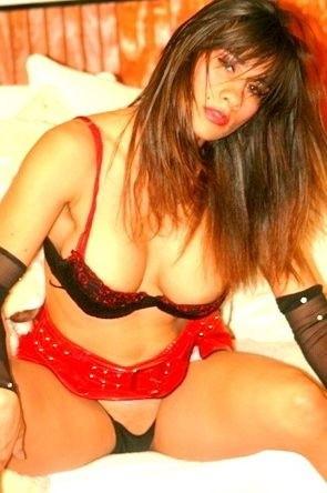 Nikki_Ferrari - Free Webcam Photo 5