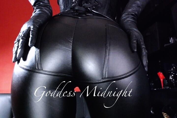 GoddessMidnight - Free Webcam Photo 8
