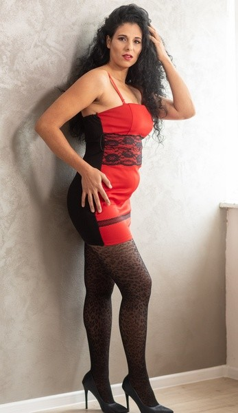 Curly_Sexy - Free Webcam Photo 4