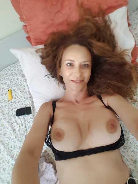 LadyEvolet - Free Webcam Photo 9