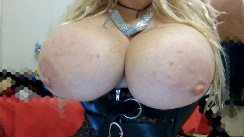 SELVAGGIAHOT Free Webcam Photo 10