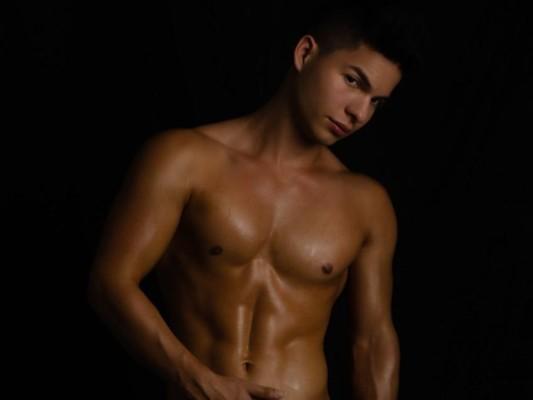 Dominick_Crawford cam model profile picture