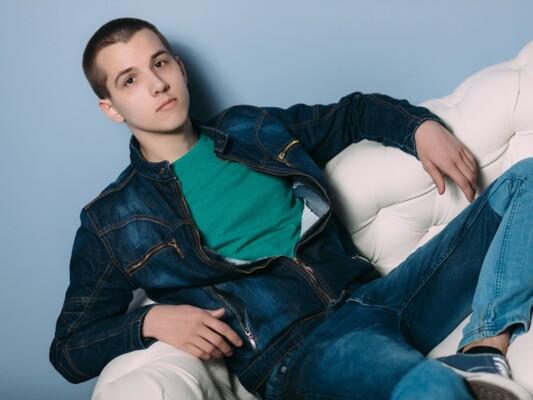 DorianRed cam model profile picture