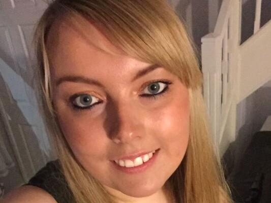 ScarletCurves cam model profile picture