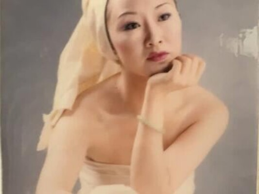 Doris_D cam model profile picture