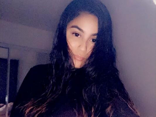 SaucyLatina cam model profile picture