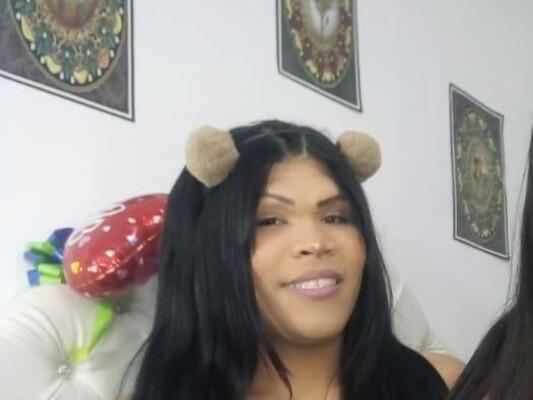 Dollshotlatinz cam model profile picture